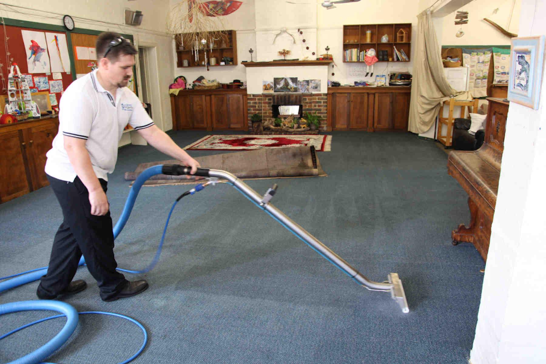 Carpet Cleaning Melbourne - Steam cleaning kindergarten carpets