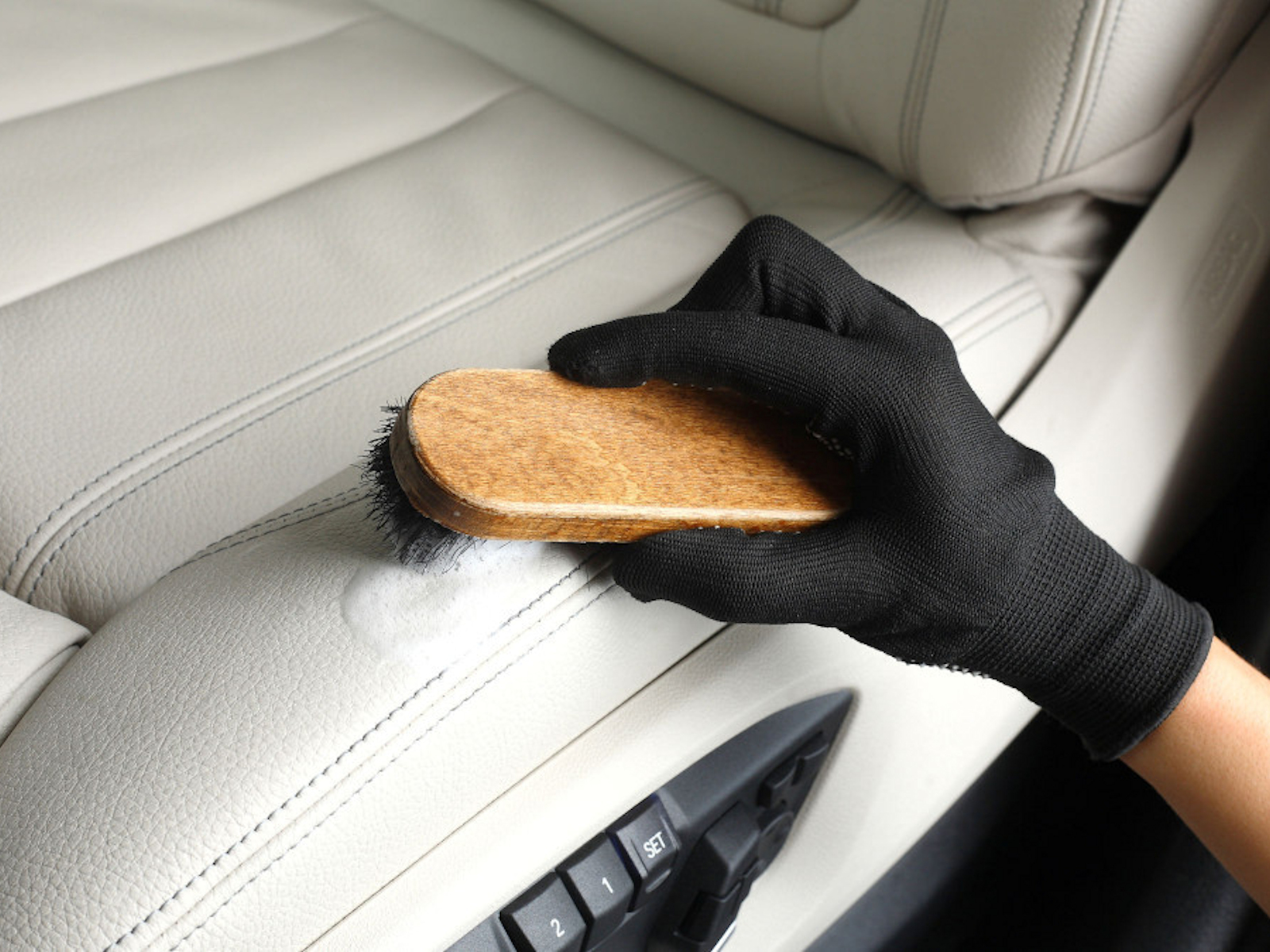Vehicle Interior Cleaning - Leather cleaning