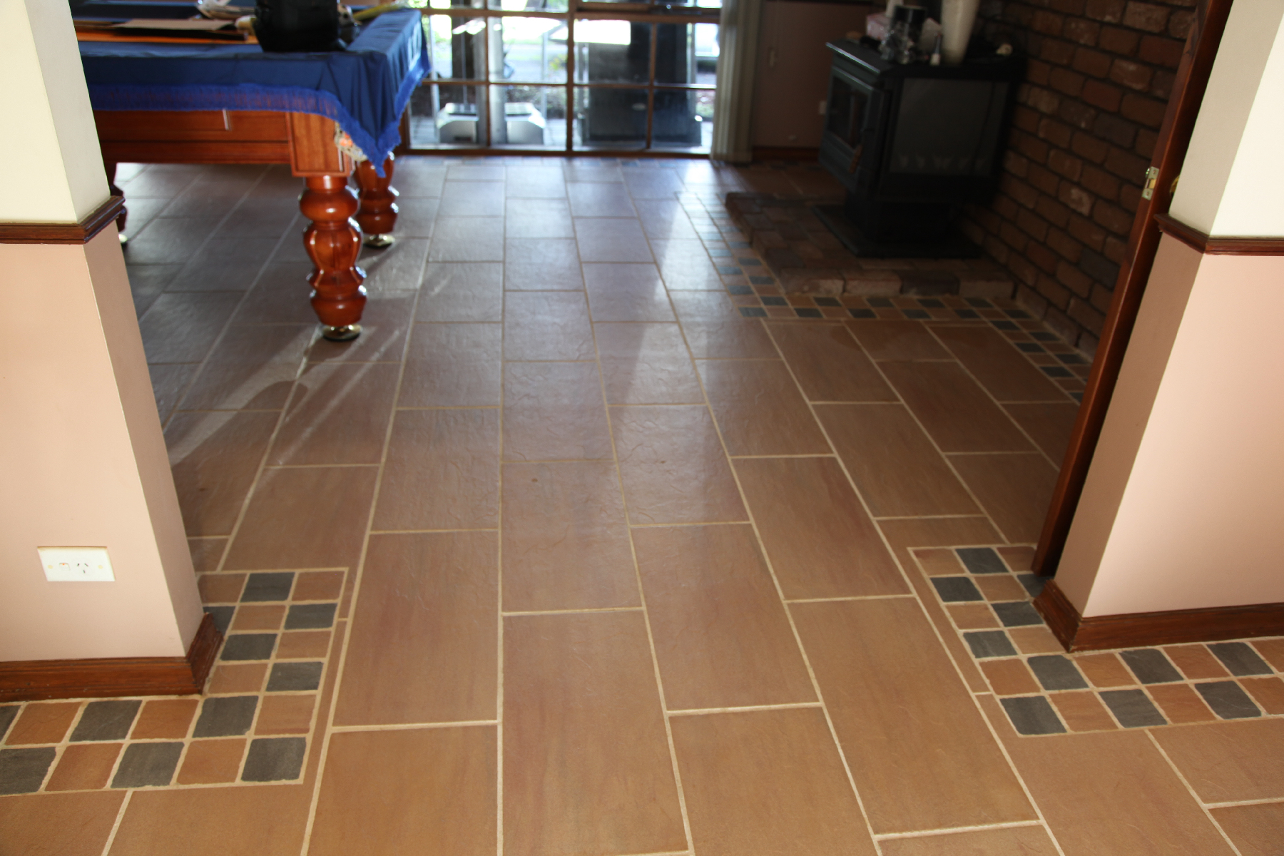 Tile & Grout Cleaning Melbourne - Dining room tiles after cleaning